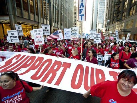 chicago-teachers-union-protest