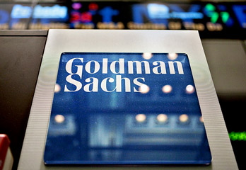 Goldman Sachs Hands Clients Losses In 'Top Trades'