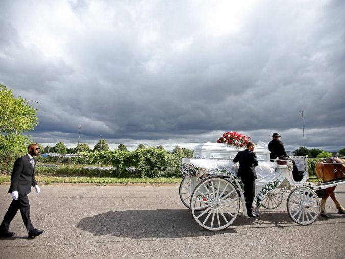 AP_Castile_Funeral1_MEM_160714_4x3_992