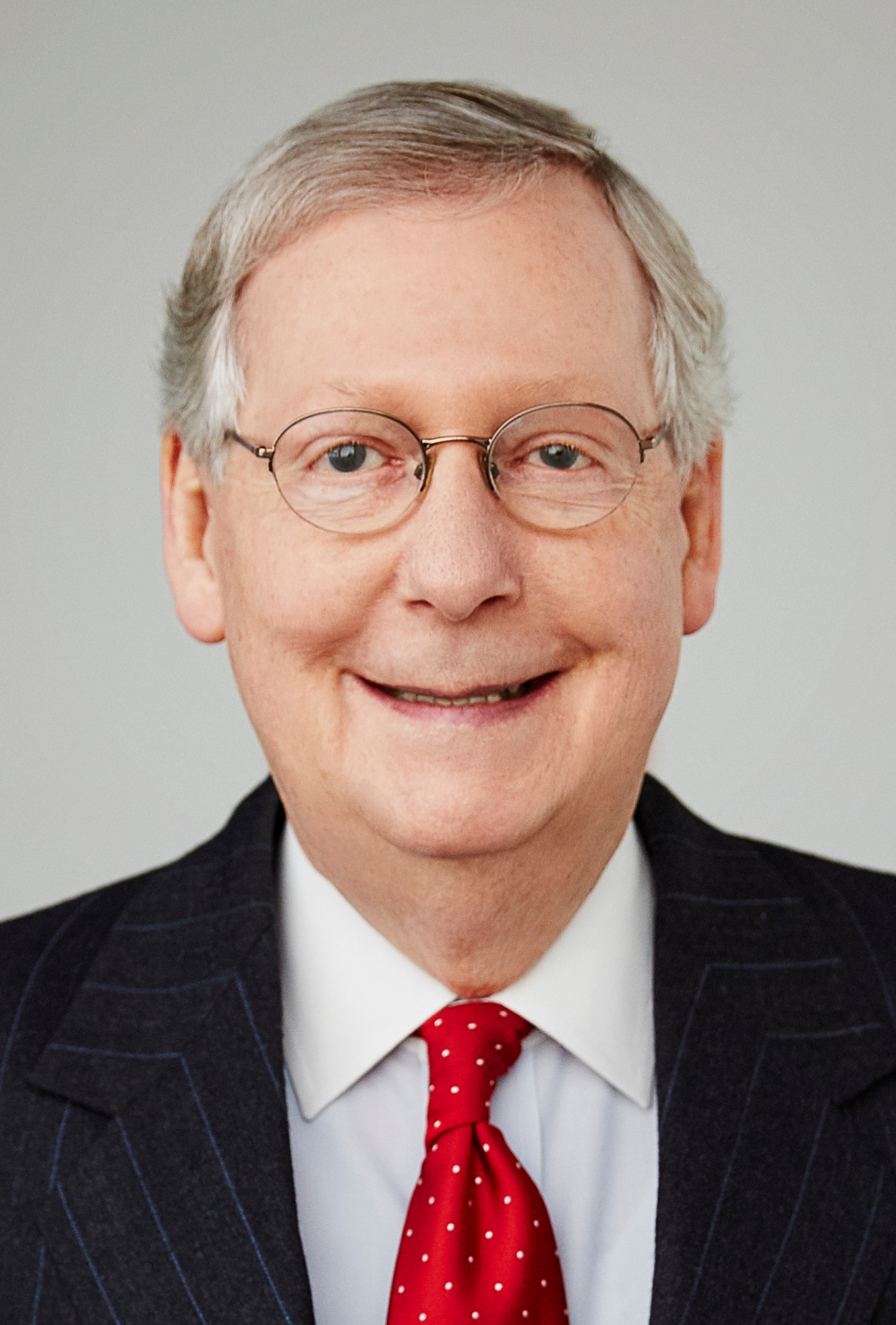 Mitch_McConnell_2016_official_photo_(cropped)